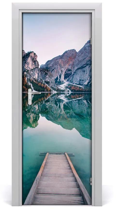 Autocolante pentru usi Ușă autoadeziv pe Mountain Lake