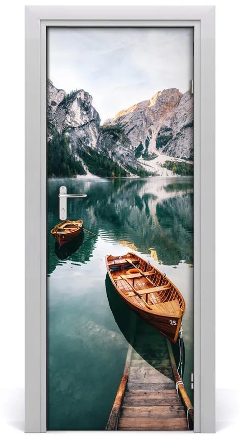 Autocolante pentru usi barca UȘĂ autoadeziv pe lac