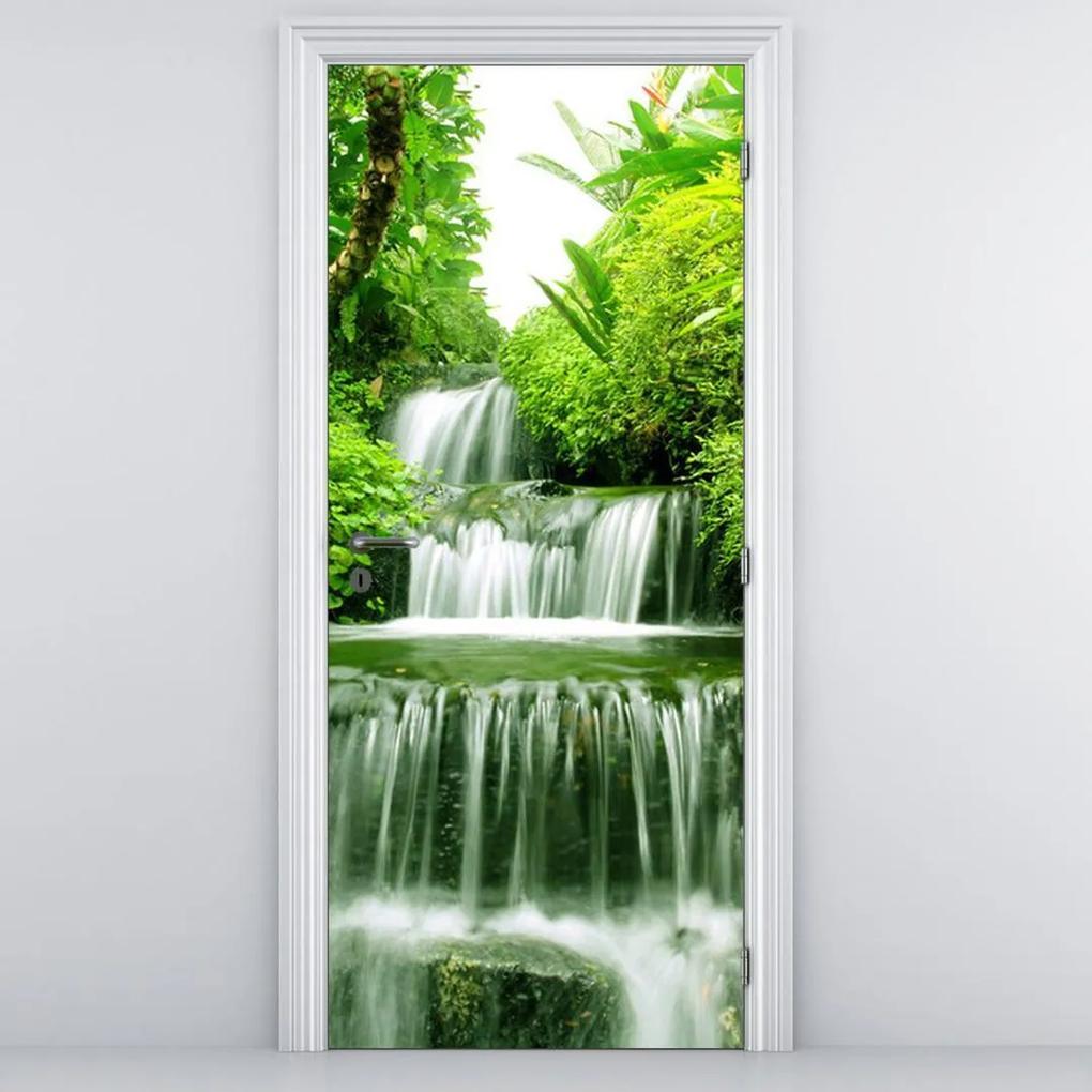 Fototapeta pentru ușă - cascada în djunglă (95x205cm)
