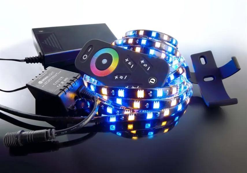 Set bandă LED RF 5050 2700K+RGB 2.5 m.