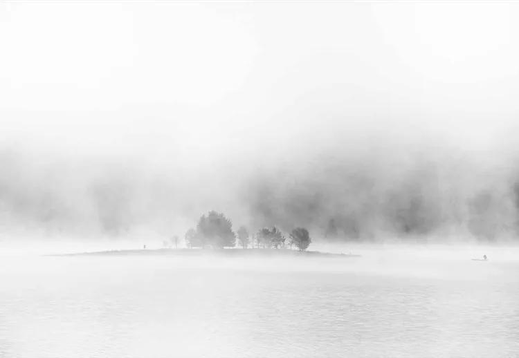 White Lake Fototapet, (104 x 70.5 cm)