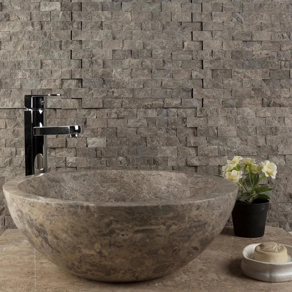 Mozaic Marmura Dark Emperador Scapitat 2.3 x 4.8cm