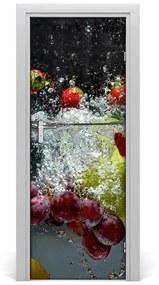 Autocolante pentru usi Fructele sub apa