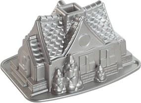 Formă de copt Nordic Ware Gingerbread House 2,1 l, argintiu