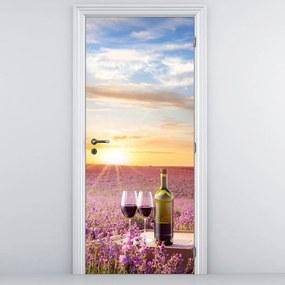 Fototapeta pentru ușă - vinul între lavanda (95x205cm)