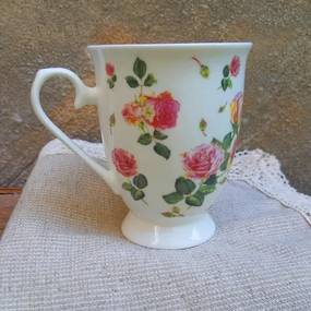 Cana Rose din portelan alb 11 cm